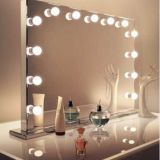 Factory Wholesale Custom illuminated Led Makeup Vanity Hollywood Mirror with Lights