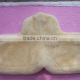 Natural sheepskin saddle pad with 25mm wool length