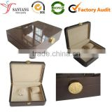 Luxury gloss lamination varnish high quality wooden jewelry box with many compartments for watch