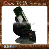 customized polyresin drinking bear animal single novelty wine holder