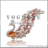 simple beauty swan crystals diamond metal alloy brooch