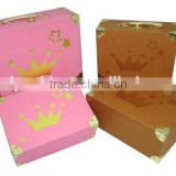 China manufacturer wholesale cute high quality custom paper cardboard suitcase box with handle