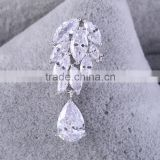 China Factory Price wholesale Bulk custom flower crystal brooch for women,water drop brooch for clothes