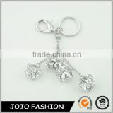 Beautiful transparent diamond shaped keychain custom crystal keychain
