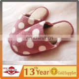 Latest Style Promotional OEM Cheap And Comfortable Indoor Slippers