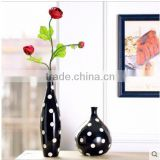 2 pic a set cheap factory white and black ceramic vase for table decor