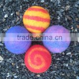 Color wholesale XL pure wool felt dryer ball/ Hot selling multi color organic felt dryer ball/Nepal hand made felted dryer balls