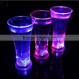party favor cheap LED flashing light up beer mug
