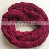 The Latest Fashion Knitting Fluffy Yarn Neck Warmer Round Scarf Super Soft Infinity Scarf