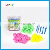 Non-toxic safe play color sand 1500g with various shapes moulds in Plastic Tup bucket gift set