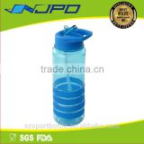 food grade feature EN71/ASTM/LFGB bpa free new fashion smash drink bottles with lid and straw
