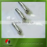Strong permanent magnet bar/rod