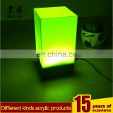 Factory custom pmma plexiglass led box cube acrylic led table lamp