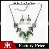 Wholesale unique fruit green apple jewelry set alloy collar pendant and cuff earrings