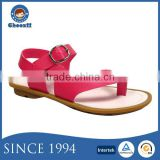 2016 Hot Selling Action Leather Girls Fancy No Heel Thong Sandals with Buckle