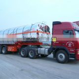 tractor truck with fuel tank semi-trailer