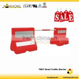 TB01 Water filled plastic Traffic barrier