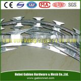 High quality razor barbed wire /razor wire CBT-65/razor wire fence/concertina razor fence factory