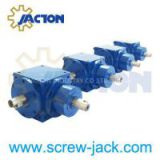 Spiral bevel right angle gearbox 4:1,Used right angle bevel gearbox,Micro bevel gear box,Spiral bevel gear reducer italian