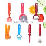 7-Piece Stainless Steel & PS Kitchen Fruit & Vegetable Tools Set Pizza Cutter Garlic Press Bottle Opener Gadgets Baking Tools
