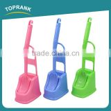 Toprank New Design Bathroom Accessories Colorful Long Handle Toilet Cleaning Brush Plastic Curved Toilet Brush With Holder