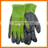 Cool Comfortable Breathable Bamboo Gardening Gloves with Nitrile Palm