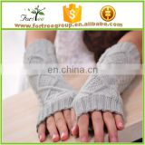 2017 winter long knitted gloves