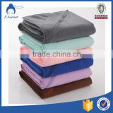 factory custom logo zipper pocket towel embroidered microfiber sports towels with free carry bag