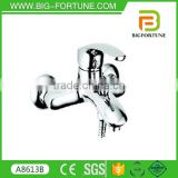 factory direct sale Luxury freestanding shower faucets for tub