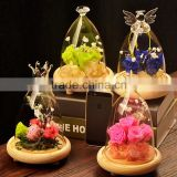 Glass dome cover for flower show, daintiness glass show box with wood seat