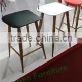 alibaba 2016 new design plastic bar stool supplier/pp plastic bar stool wood legs/plastic bar stool base
