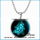 popular christmas gifts luminous necklace christmas tree pendant necklace for girl
