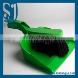 Trade assurance Ningbo factory wholesale plastic printed table dustpan with brush set floral
