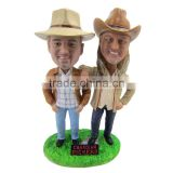 2017 new polyresin customized double cowboy brother farmer bobblehead gifts wedding decoration