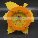 wholesale maple leaf shaped design table clock