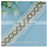 2016 new products high quality hot selling exquisite design white pearl and beaded mesh