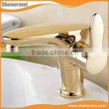 New Antique brass single handle hot / cold face basin faucet