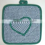 printed cotton pot holder heart shape decorated oven mit for promotion and kitchen