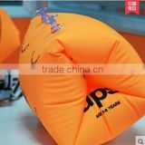 2016 hot sale customised orange pvc inflatable baby armband, water swimming float ring