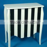 Continental simple black and white stripes of black and white striped double-door cabine
