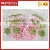 V-50 lace ruffle crochet knit pattern soft baby winter mitten gloves with pom knit wrist warmer
