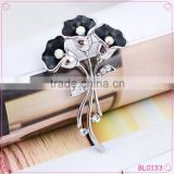 Beautiful Elegant Crystal Black Rhinestone Flower Brooches Wholesale