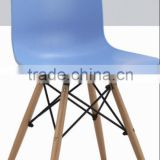 best selling ABS seat dining chair with beech wood legs
