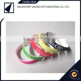 hot selling silicone bracelet/silicone hand ring/glow in dark silicone wristbands/bracelets 0.5mm wide