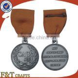 beautiful classic style insignia custom carnival carved medal trophy