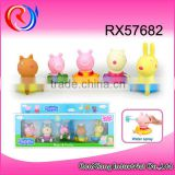 Happy pig family plastic toys cartoon figure animal pig toys water spray