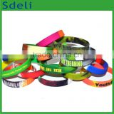 custom made different colors mixed camouflage swirl silicone wristband rainbow silicone bracelet