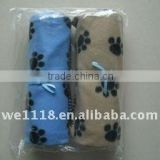Dog paw printing pet blanket