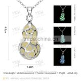 Chinese supplier cucurbitshped necklace with green/blue Luminous stone