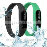 2014 new fashion health smart bluetooth bracelet , standby 20days sport wristband with SDK